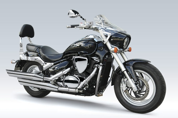 Suzuki Intruder M800 Summer Excursion