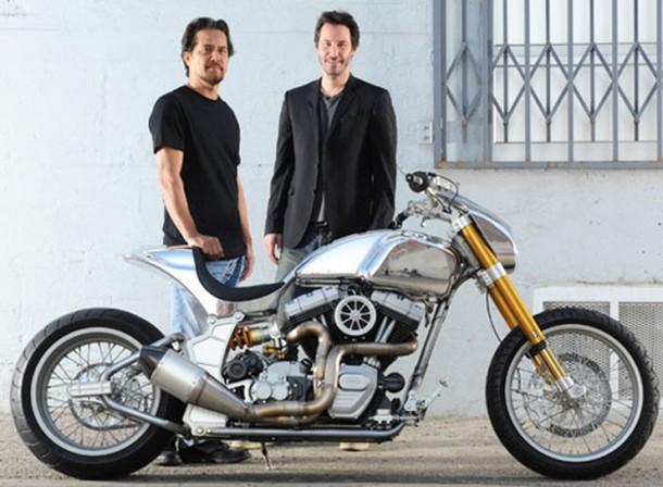 KRGT-1 – motocykl Keanu Reevesa
