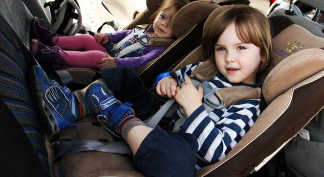 Foteliki samochodowe: jak wybrać najbezpieczniejszy?