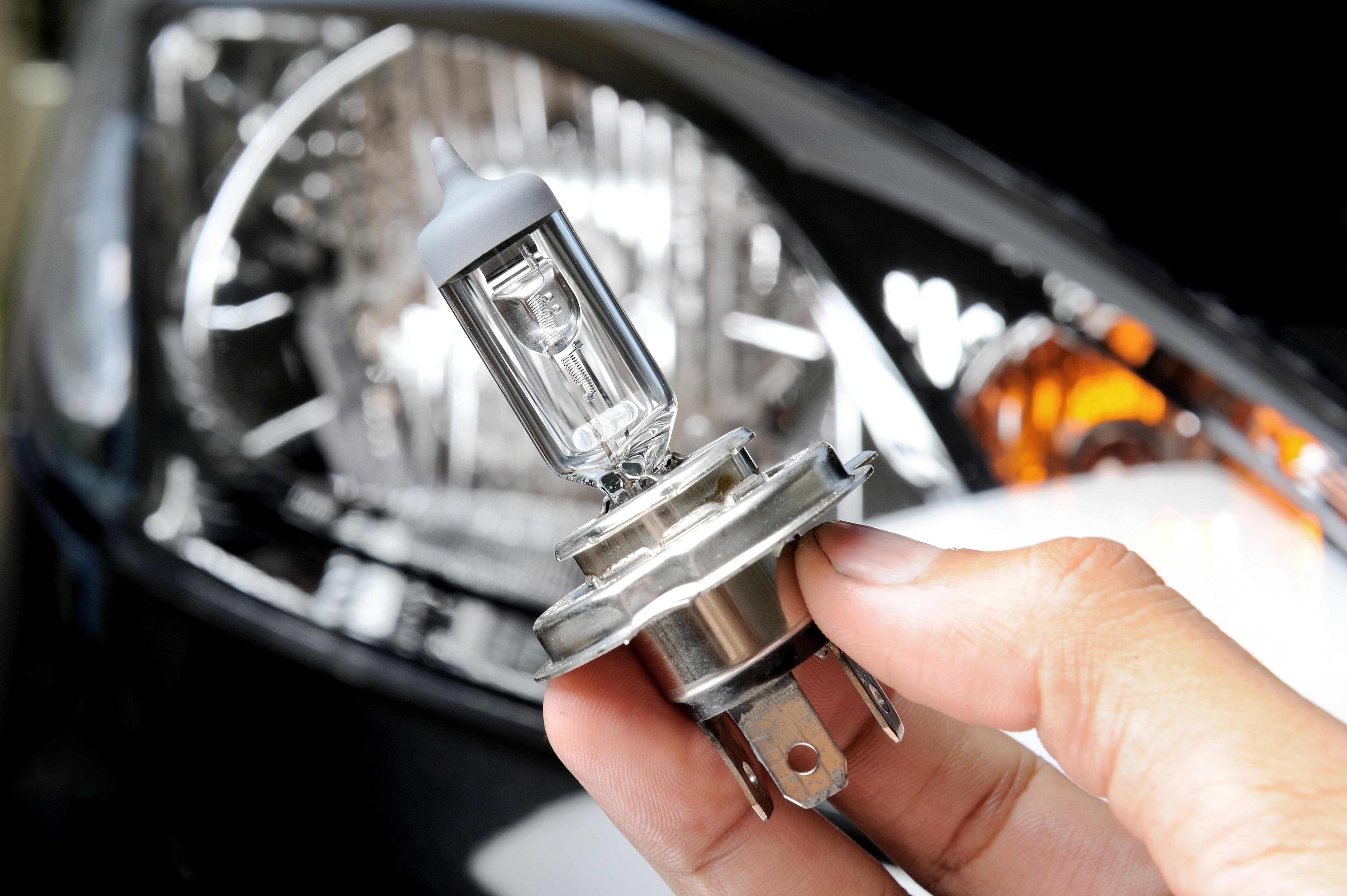 Jak poprawić oświetlenie naszego samochodu?