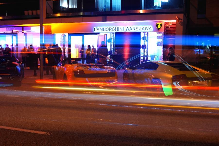 Nowe salony Lamborghini i Bentley w Warszawie